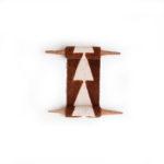 05 brown | white